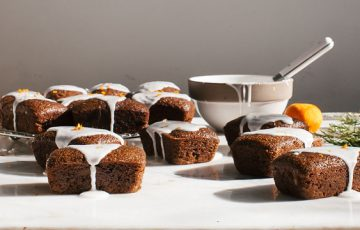 Mini Gingerbread Cakes recipe