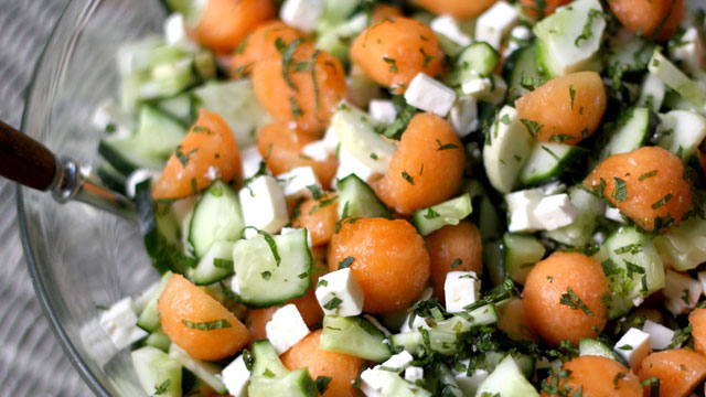 Minty Cucumber Cantaloupe Salad