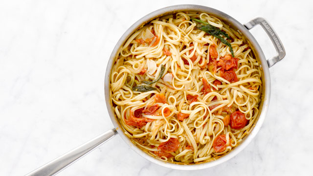 One Pan Tomato Pasta recipe