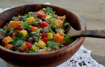 Black Bean Quinoa Rainbow Salad recipe
