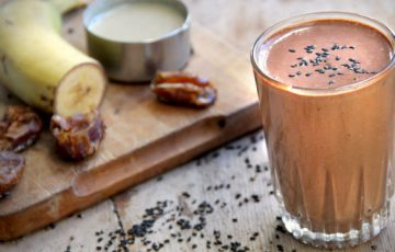Chocolate Sesame Smoothie recipe