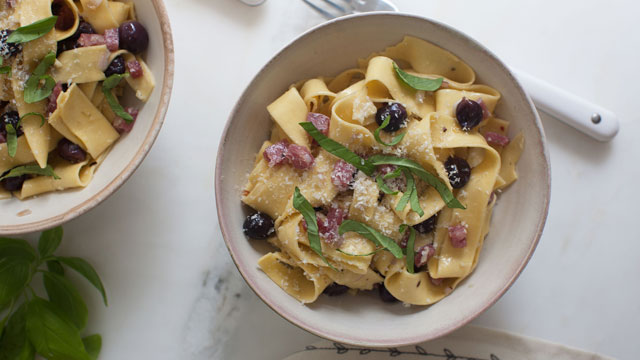 Grape and Sopressata Pasta recipe