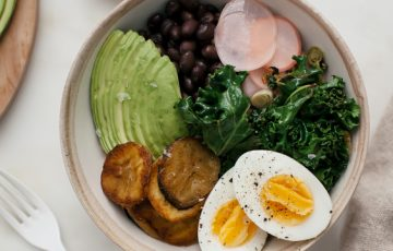 Kale Quinoa Bowl with Plantain and Avocado